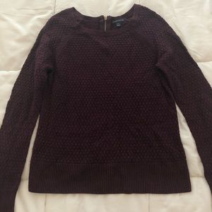 American Eagle maroon sweater